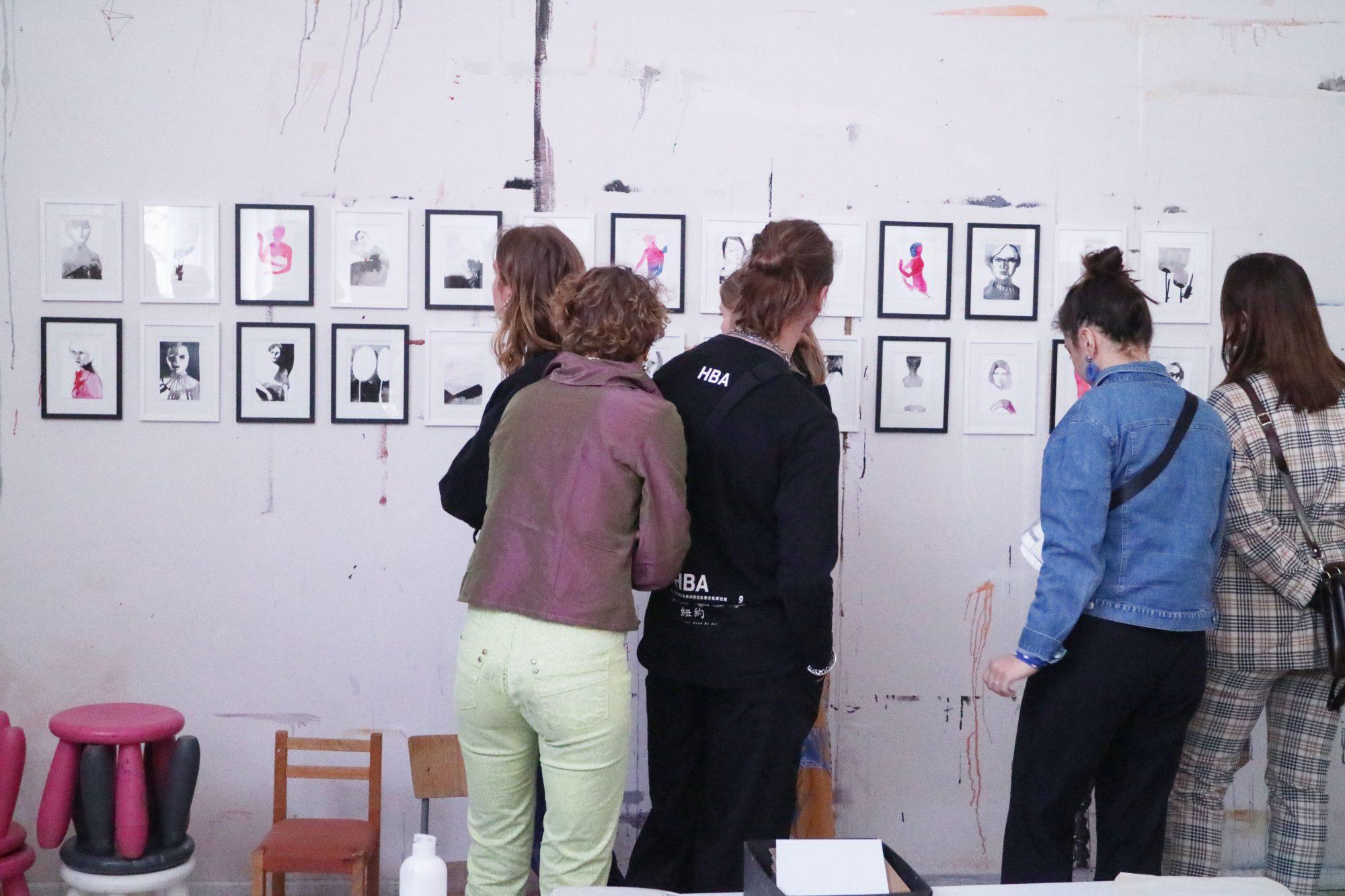 Fra studio visit hos illustrator og kunstner Tina Berning - studieturen F2019